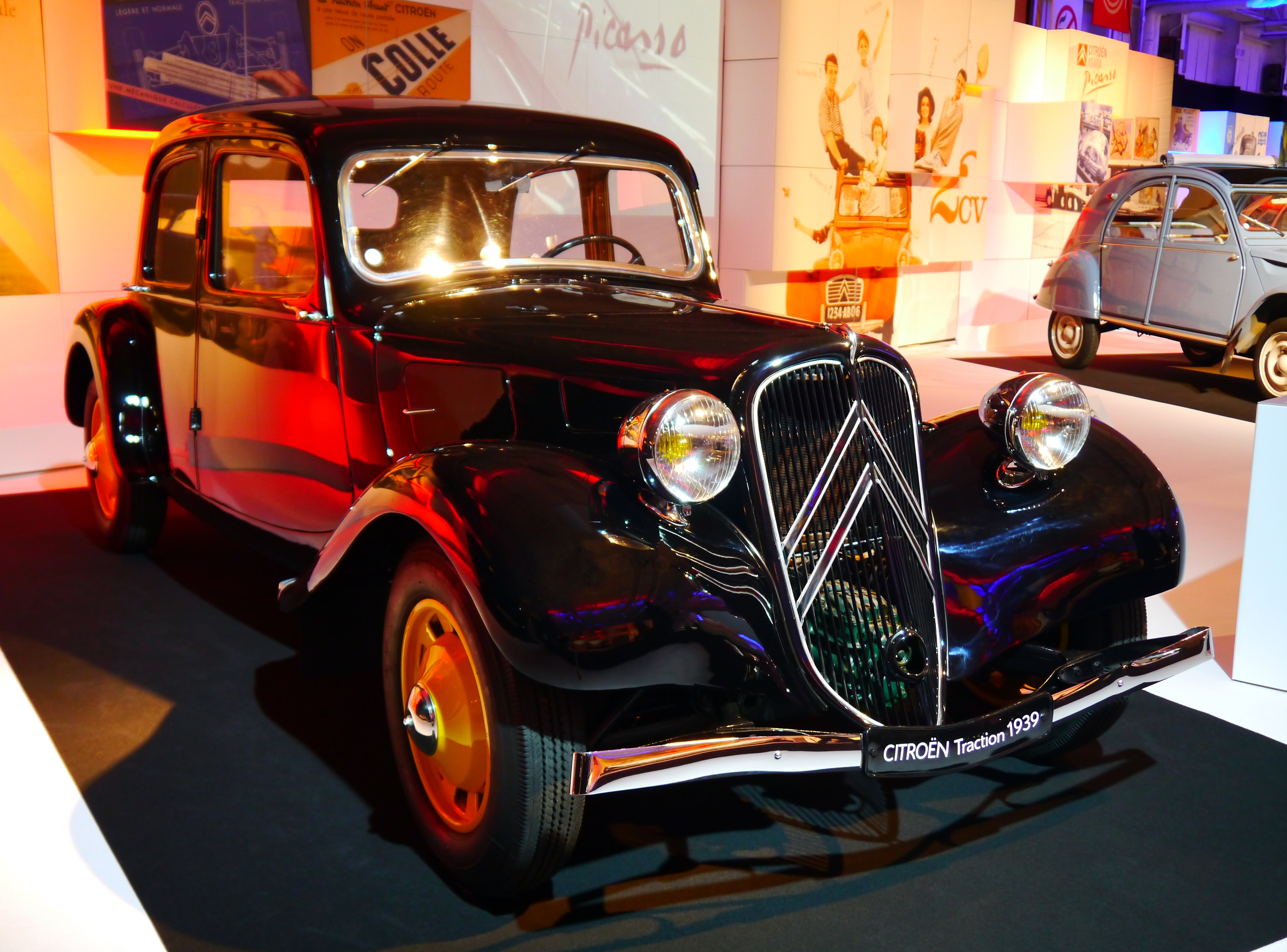 file mondial de l 39 automobile 2012 paris france 8665396785 jpg wikimedia commons. Black Bedroom Furniture Sets. Home Design Ideas