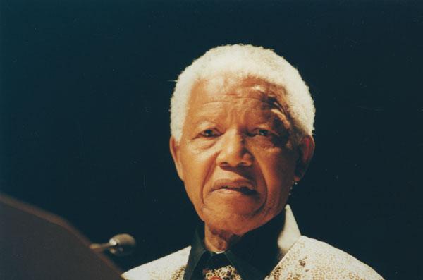 Mandela >> File:Nelson Mandela, 2000 (3).jpg - Wikimedia Commons