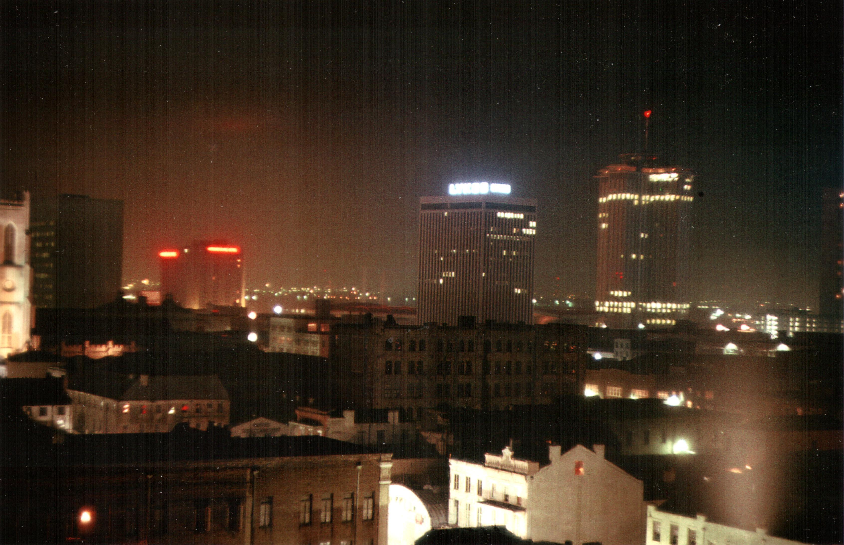 file new orleans 1977 night skyline lykes building world trade mart