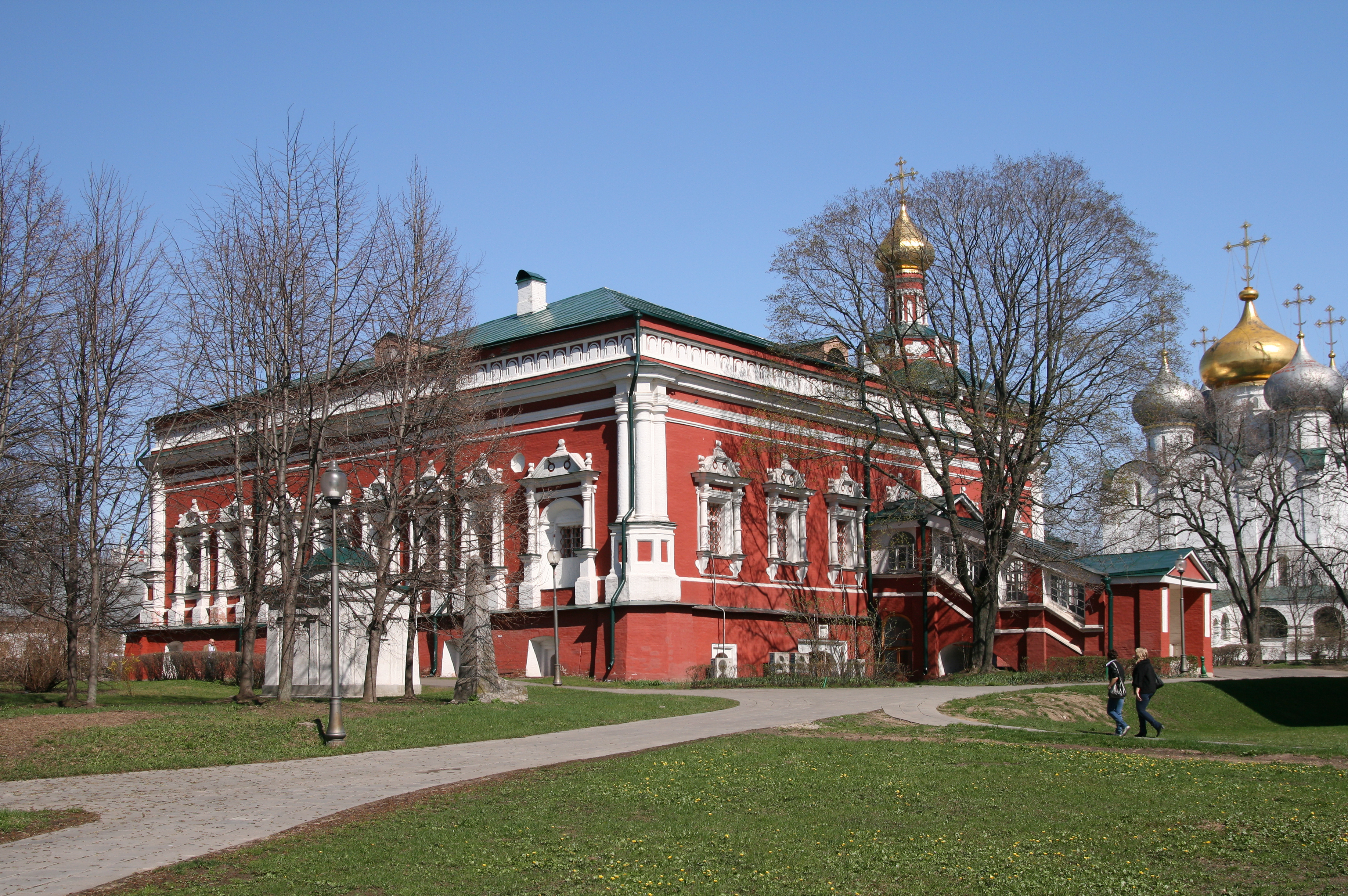 NovodevichyConvent DormitionChurch3.JPG