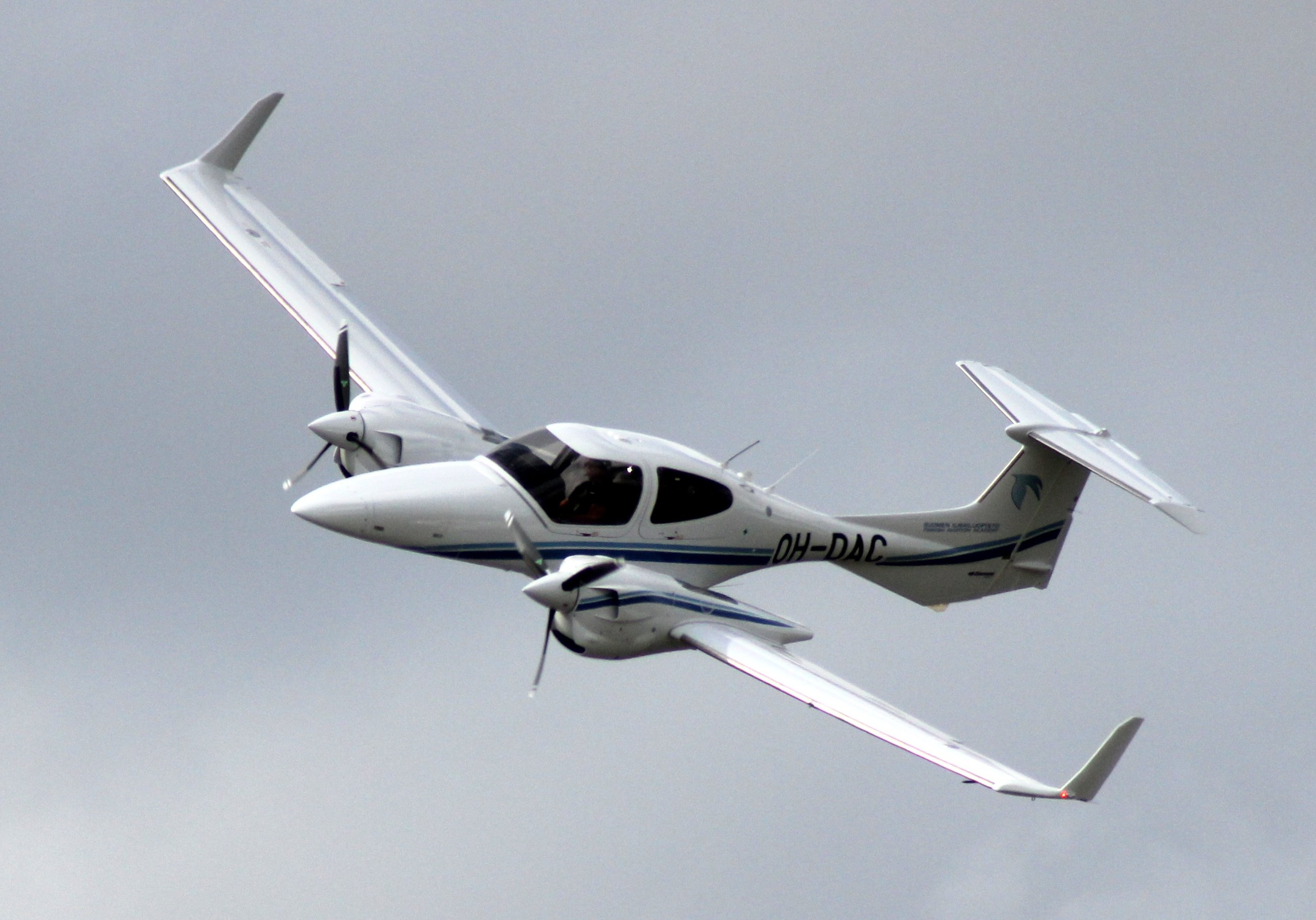 Diamond Da42 Wikipedia Piper Seneca Wiring Diagram