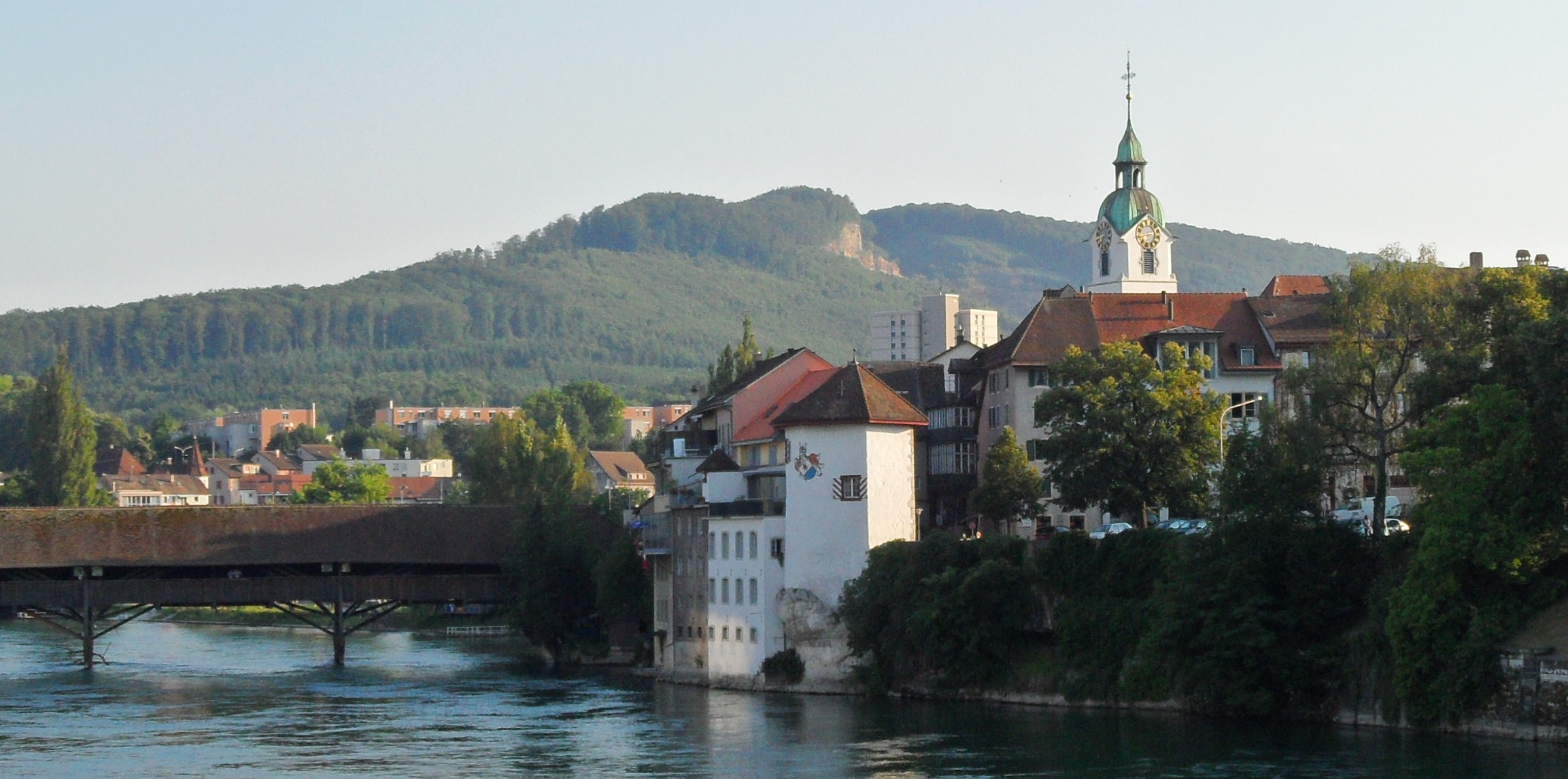 history of olten Olten is a town in the canton of solothurn in switzerland and capital of the district of the same name  history_of_olten is dbp:headquarters of: dbr:walter_verlag.