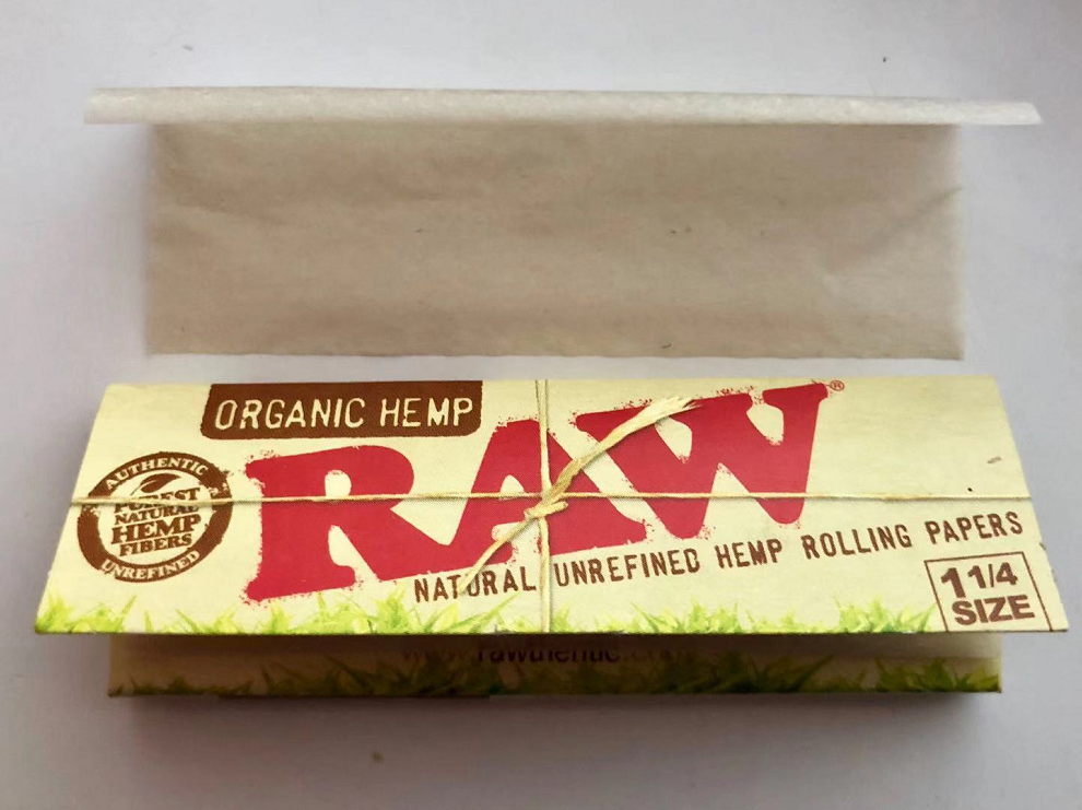 RAW (rolling papers) - Wikipedia