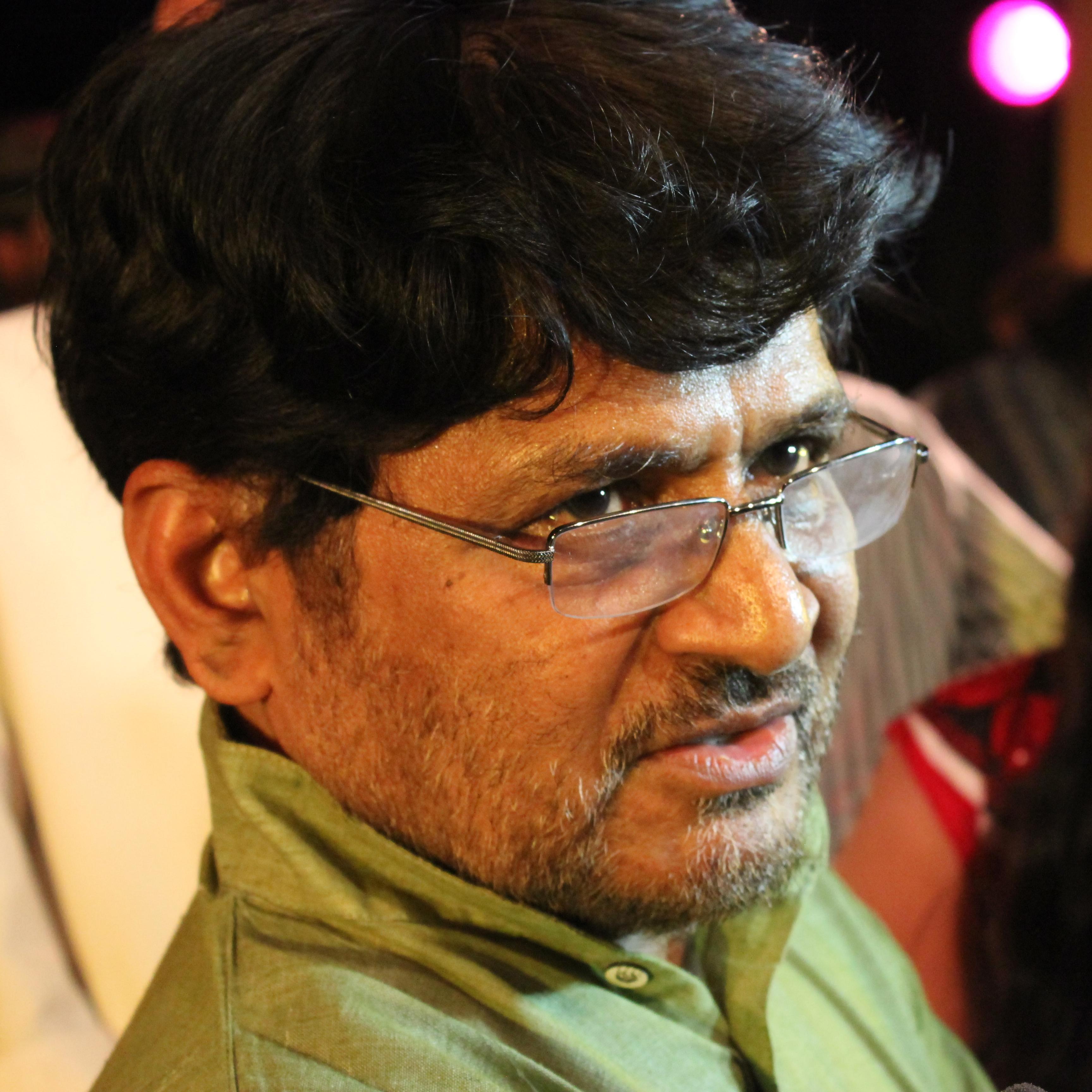 Raghubir Yadav - Wikipedia
