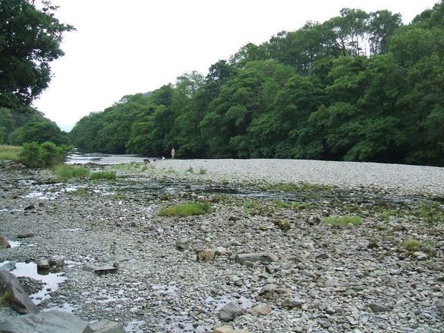 File:River Derwent - geograph.org.uk - 895340.jpg