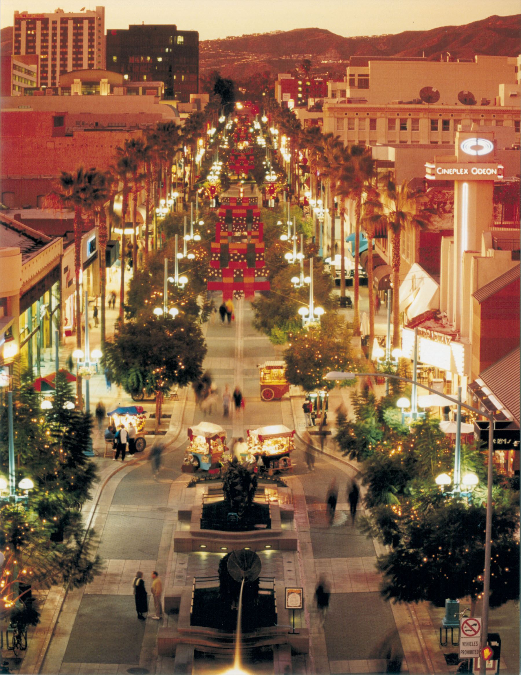 Third Street Promenade Food Space For Lease