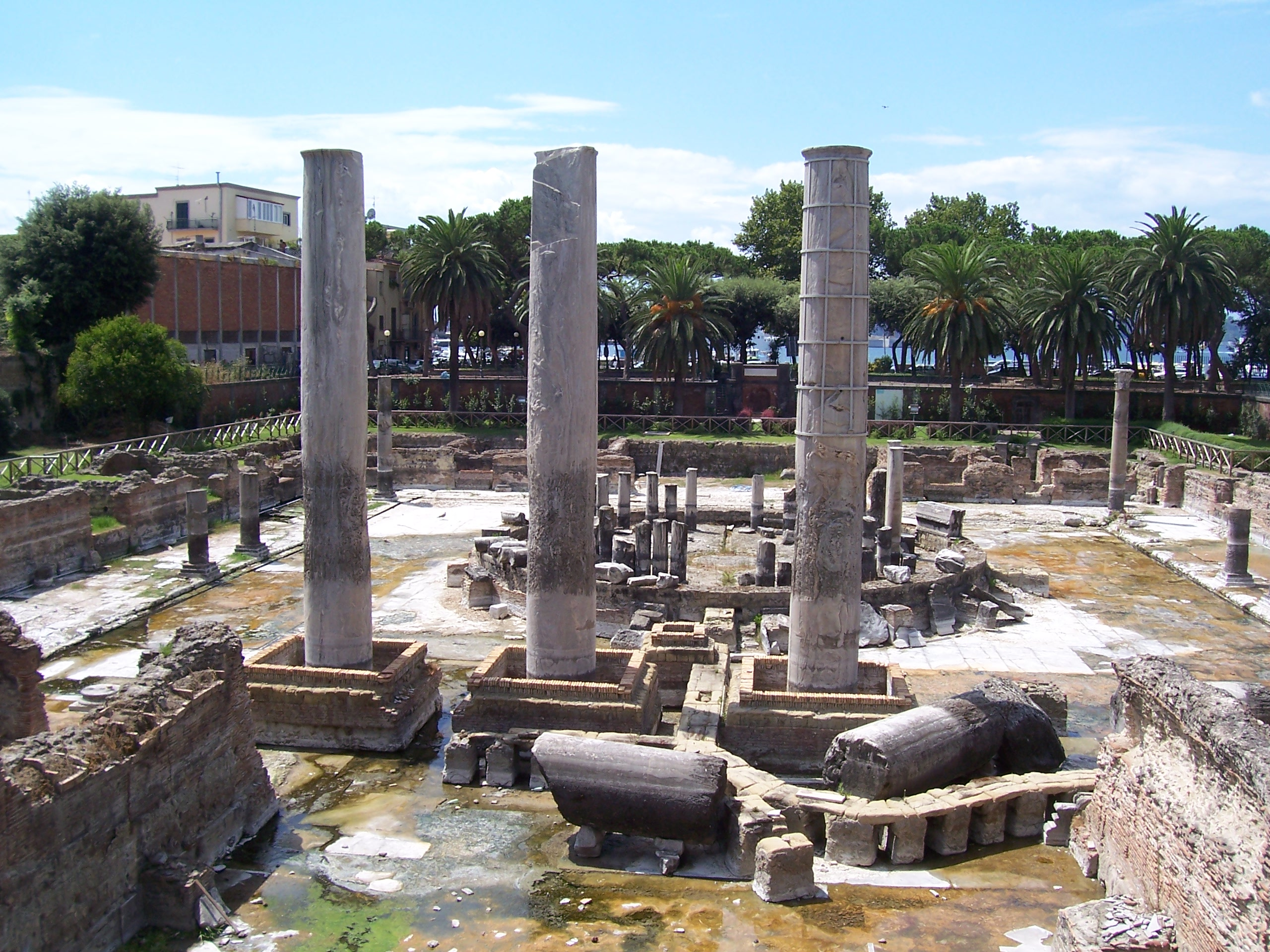 Pozzuoli Italy  city photos gallery : Serapeum Pozzuoli 3 Wikimedia Commons
