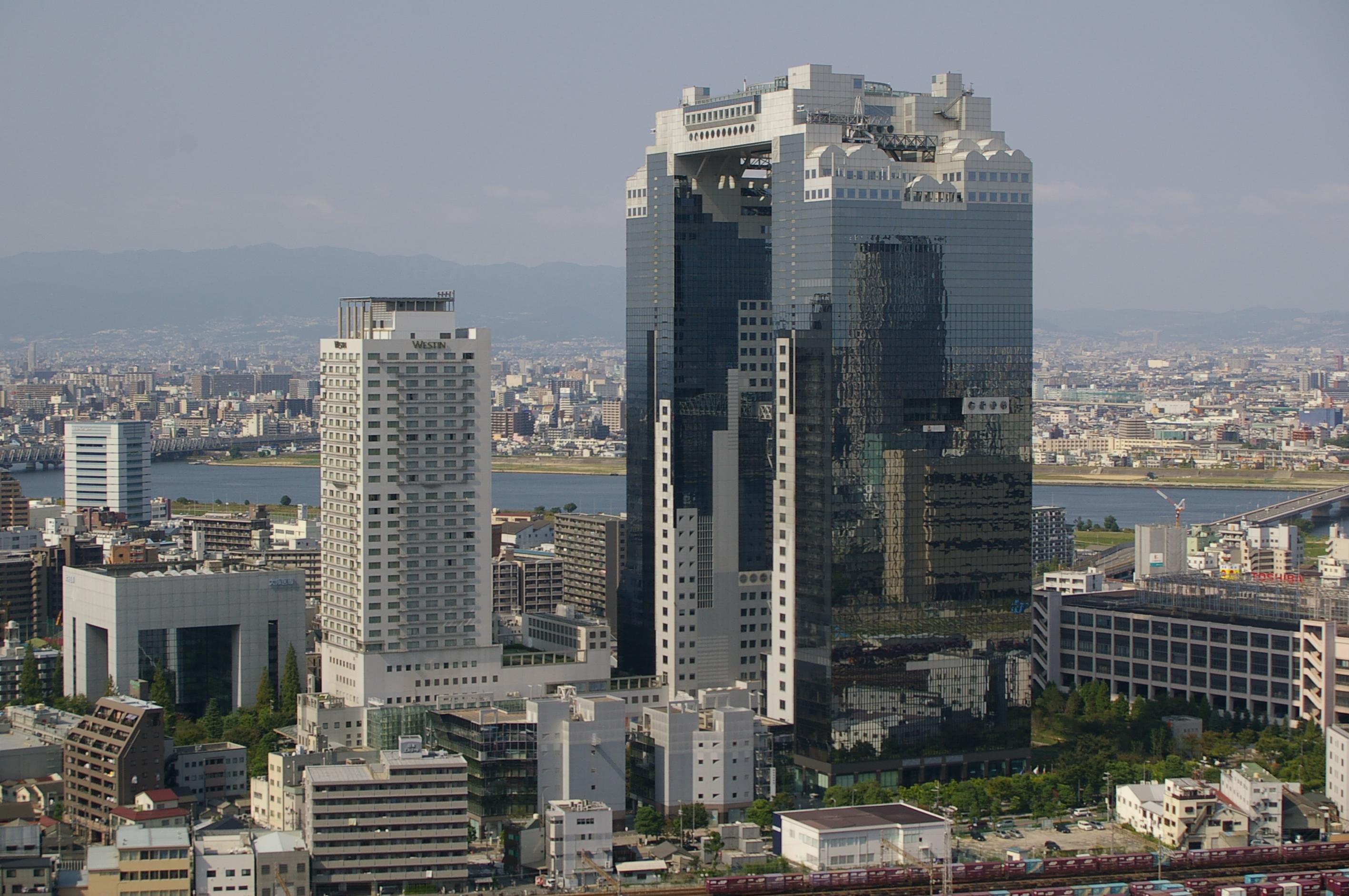 Shin umeda city 01