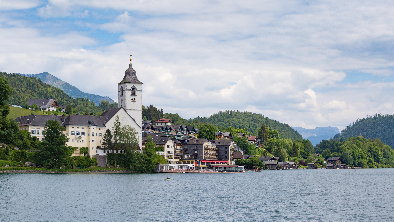 Bolzano to Sankt Wolfgang im Salzkammergut - 4 ways to
