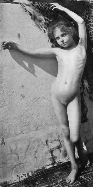 File:Stratz - Körper des Kindes 11.jpg - Wikimedia Commons
