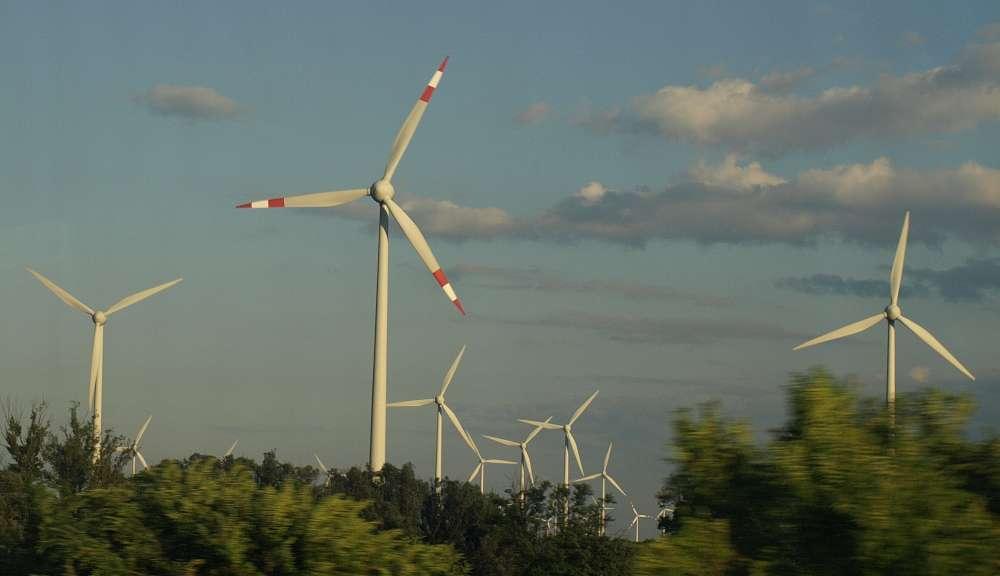 Windpark in der Kleinen Ungarischen Tiefebene