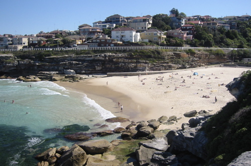 Tamarama Beach By Nomad Tales (Own work) [CC-BY-2.1-au (http://creativecommons.org/licenses/by/2.1/au/deed.en)], via Wikimedia Commons