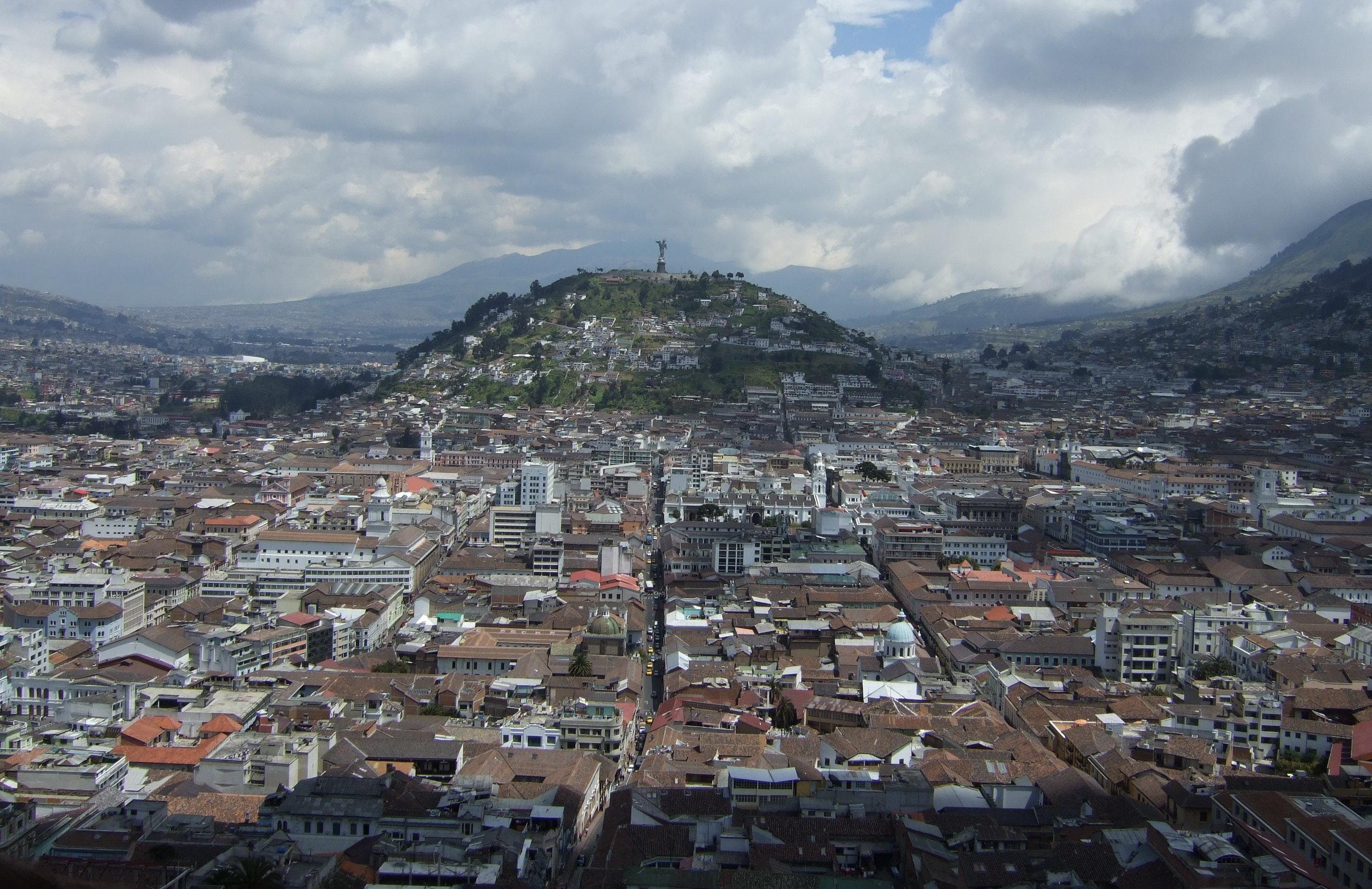 Quito Ecuador  City pictures : Virgen de Quito Wikimedia Commons