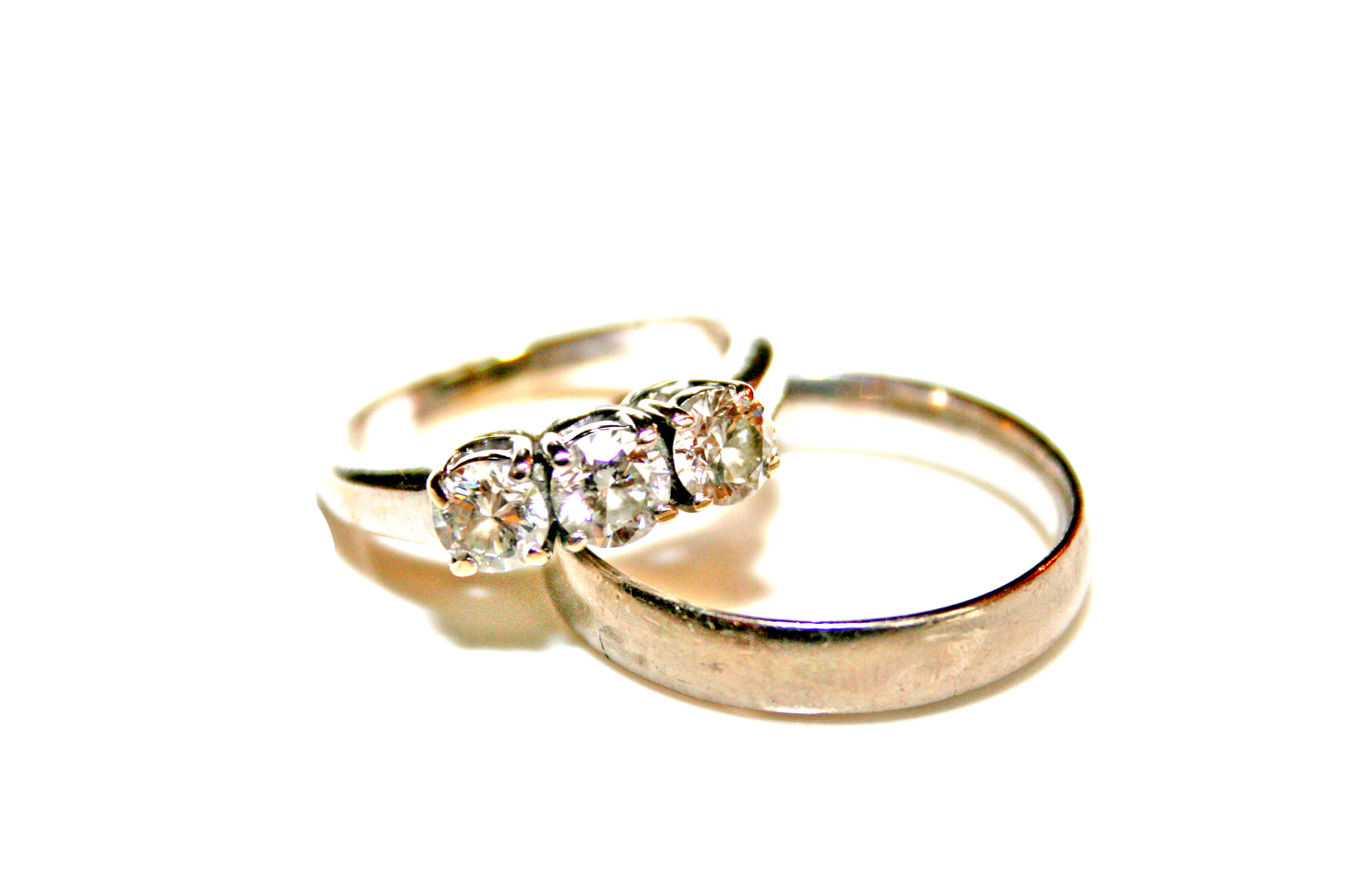 File Wedding rings photo by Litho Printers Wikimedia mons