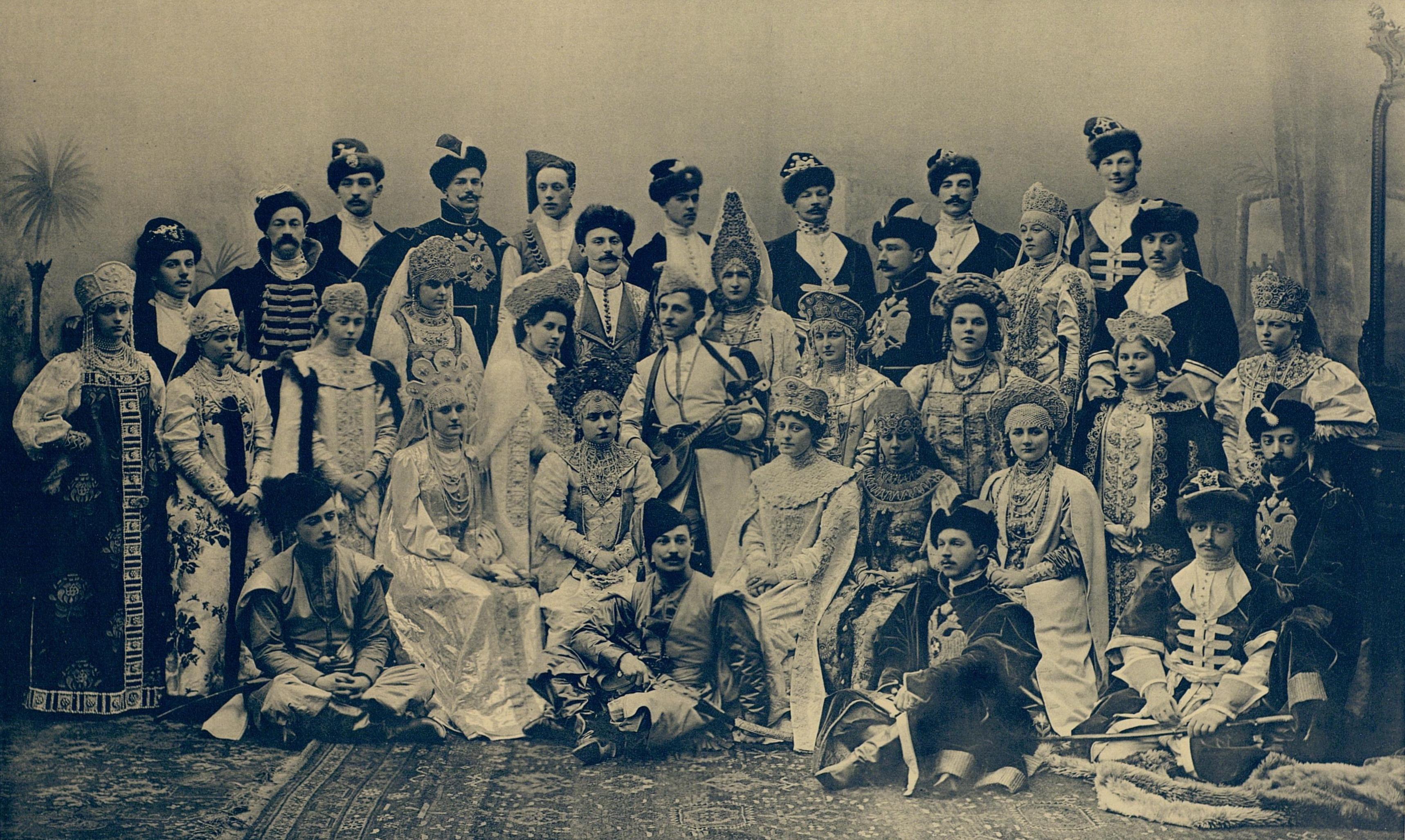 File:1903 ball - 01 group.jpg - Wikimedia Commons