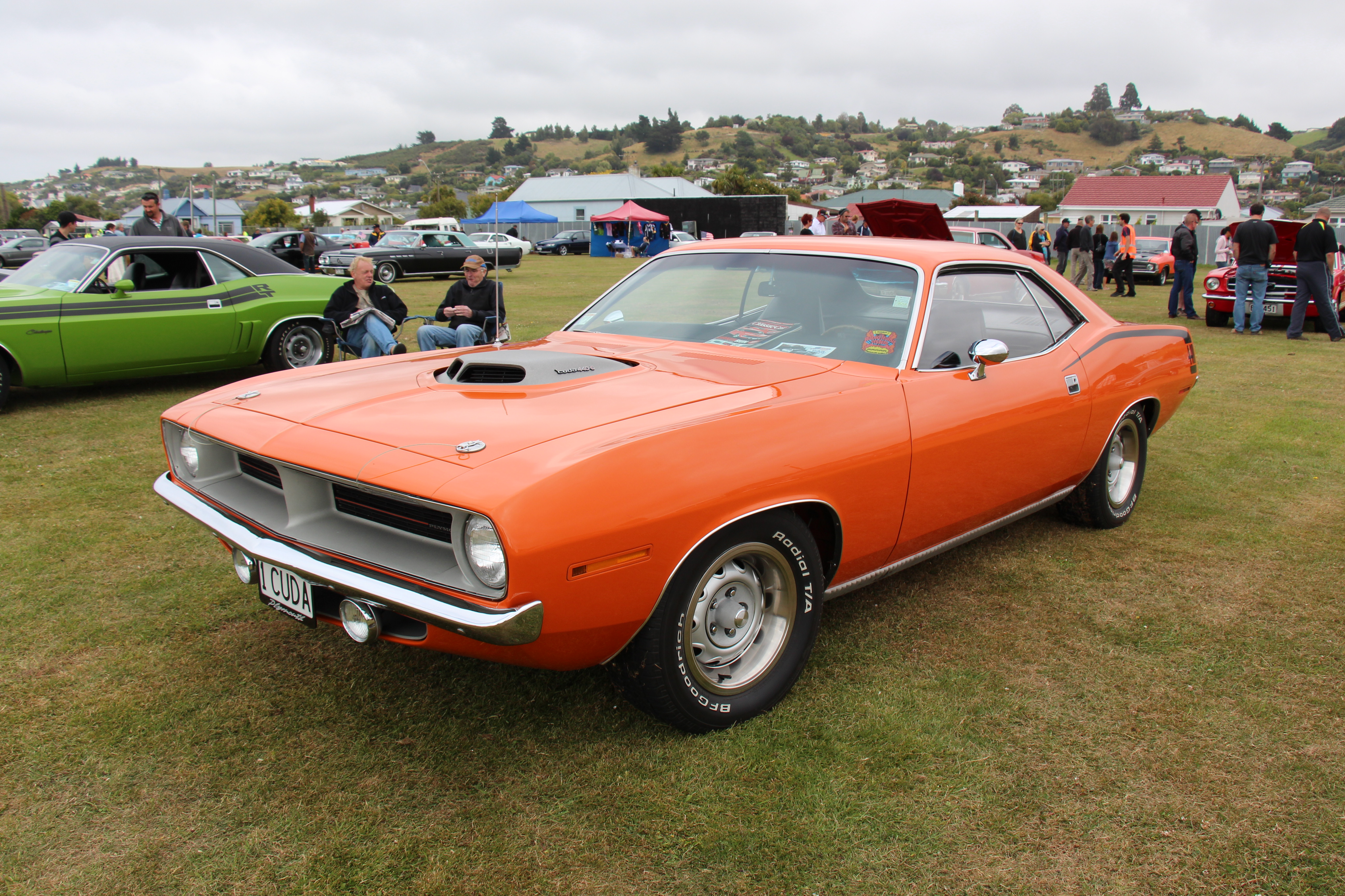 Dodge Challenger 1970 >> File:1970 Plymouth Barracuda Cuda 440-6 (12628415093).jpg - Wikimedia Commons