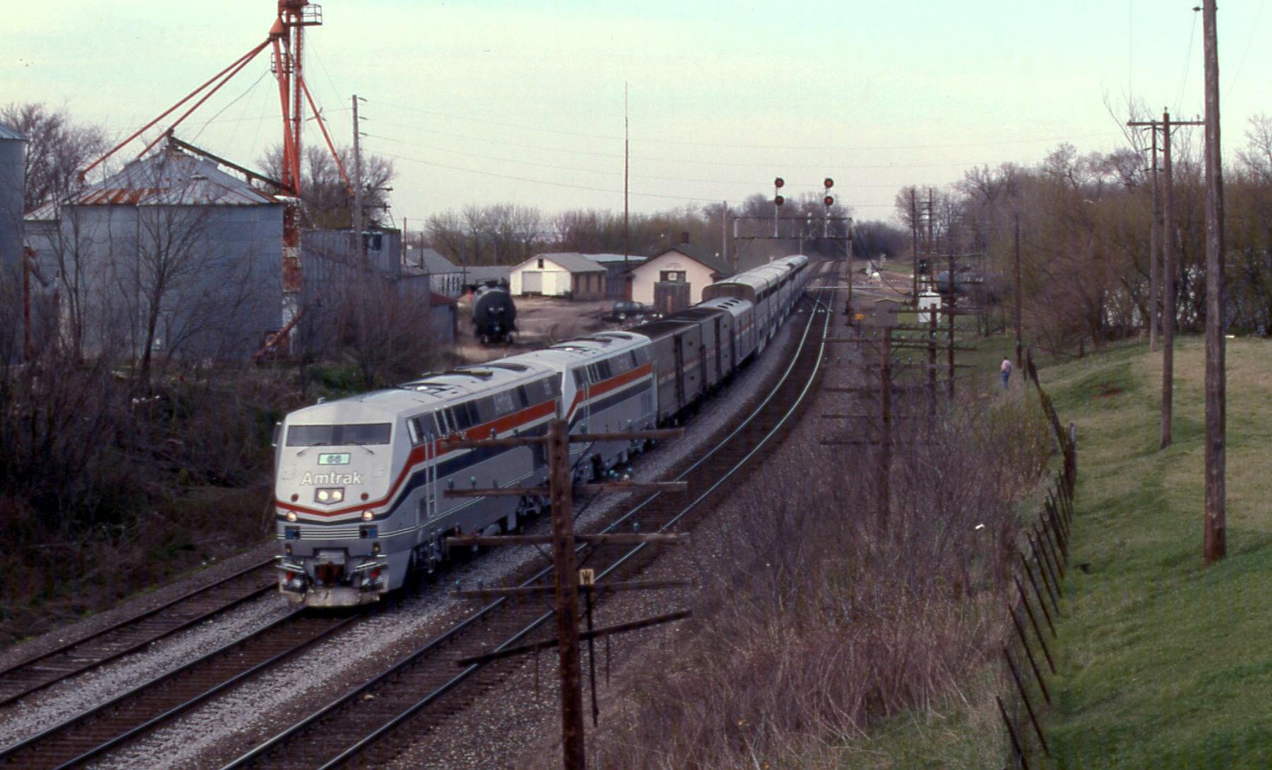 Eastern Long Distance Train — Amtrak: History of America's Railroad