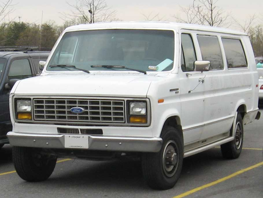 Description 83-91 Ford Club Wagon.jpg