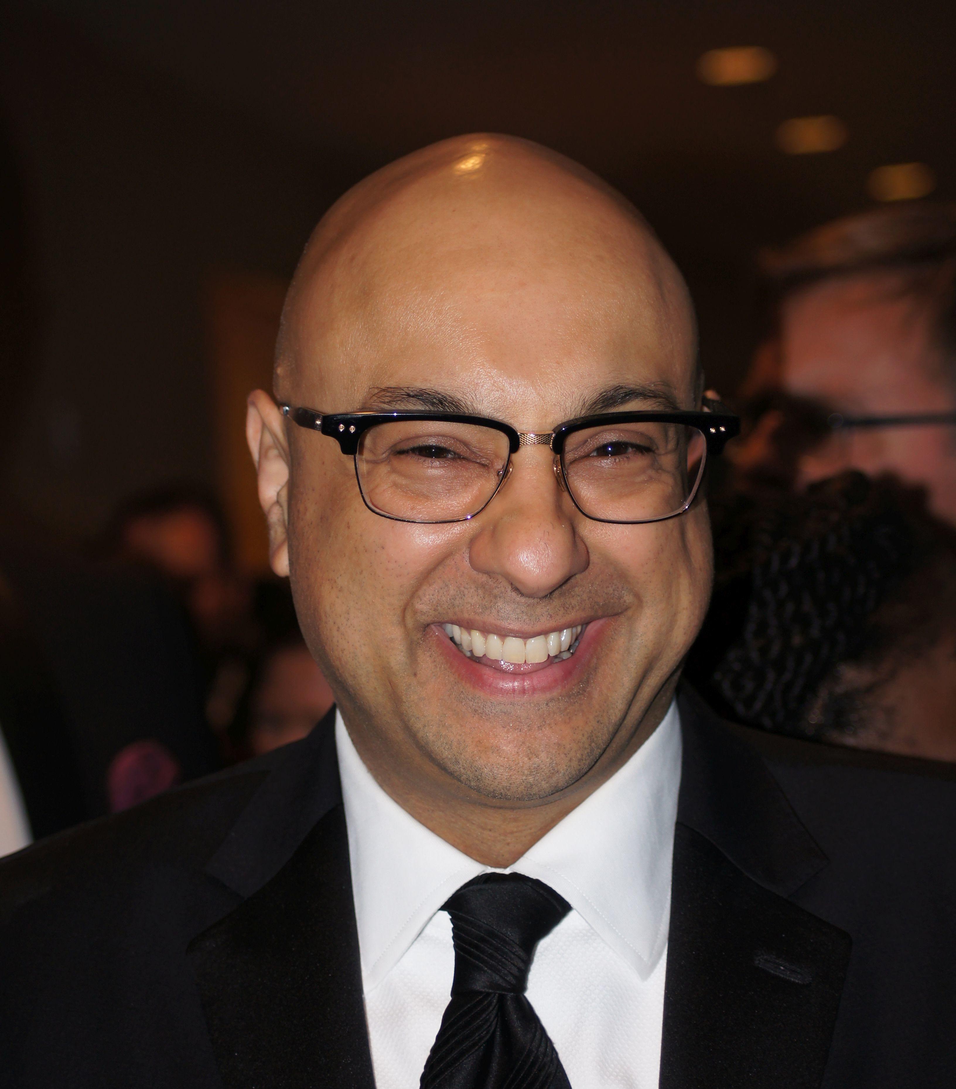 Ali Velshi - Wikipedia