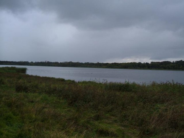 An image of Aqualate Mere in Staffordshire.