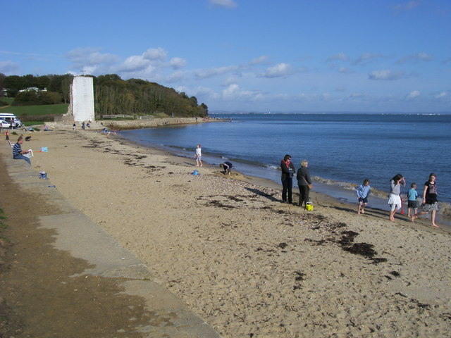 Beach at St Helens - geograph.org.uk - 1038335