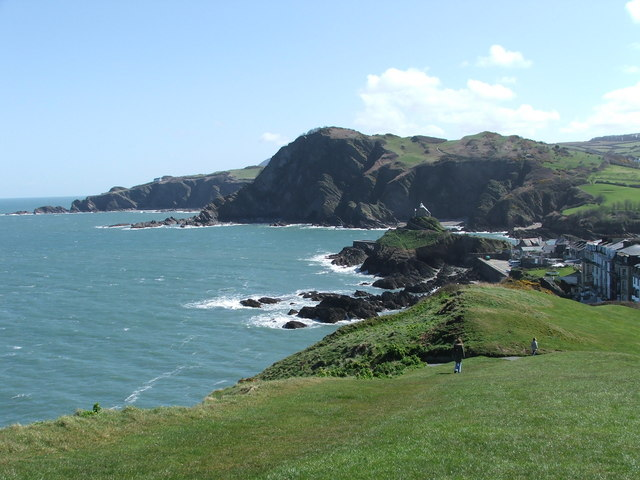 File:Beacon Point Ilfracombe, from Capstone - geograph.org.uk - 1495423.jpg