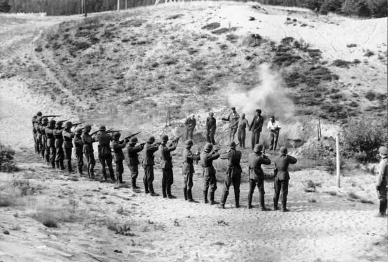 Execution by firing squad - Wikipedia