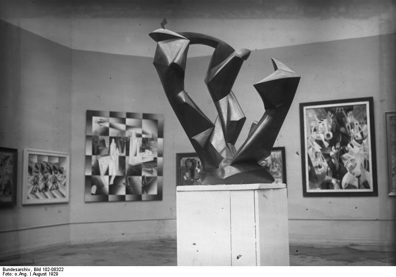 File:Bundesarchiv Bild 102-08322, Plastik von Rudolf Belling.jpg