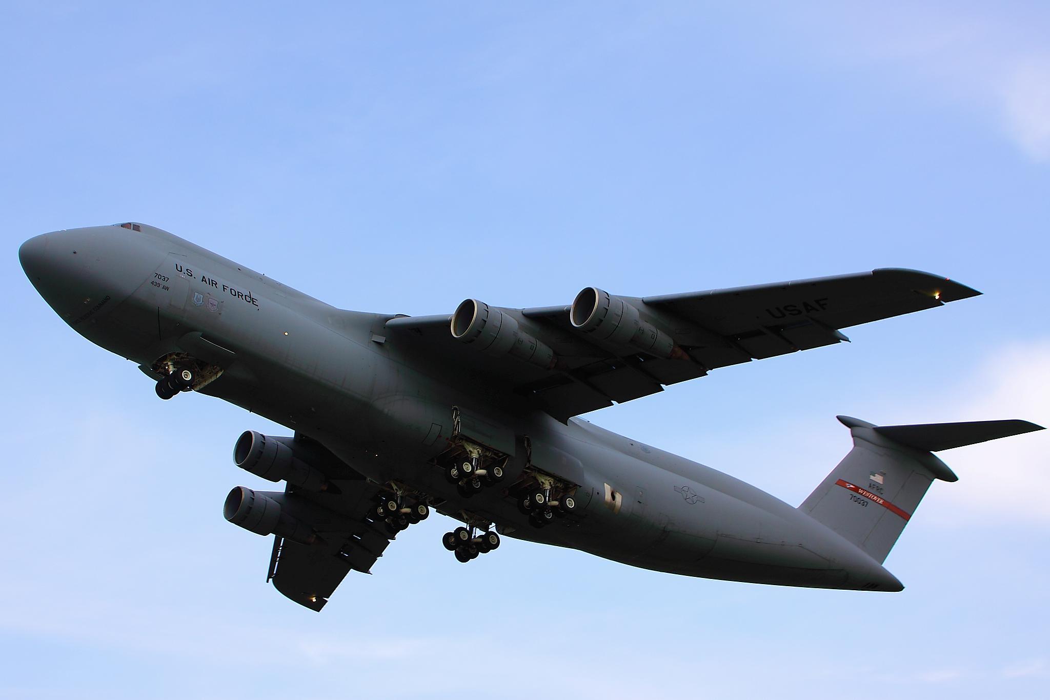 Lockheed C 5