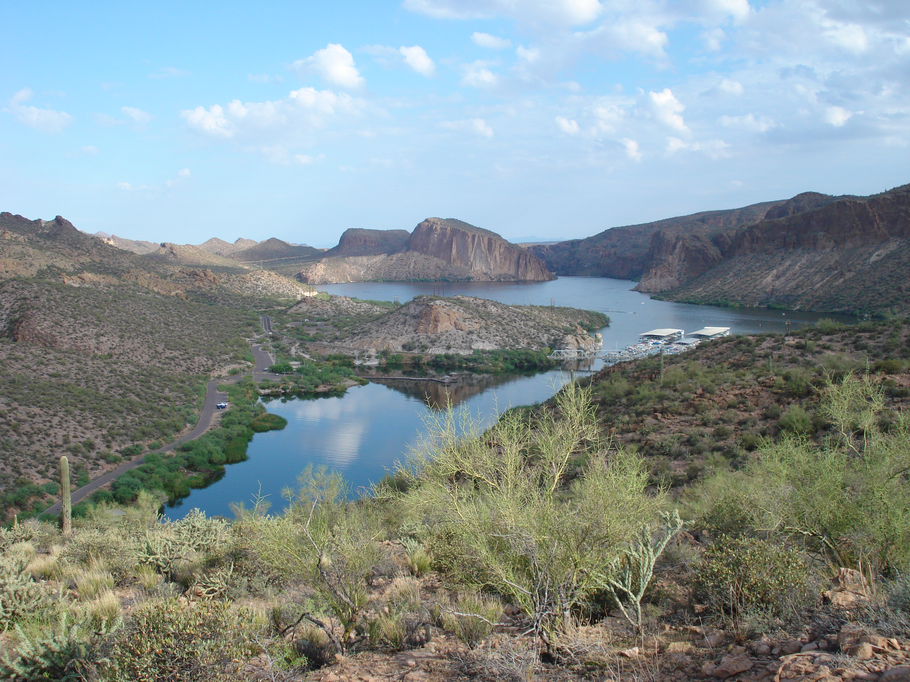 lakes in arizona - Canyon Lake