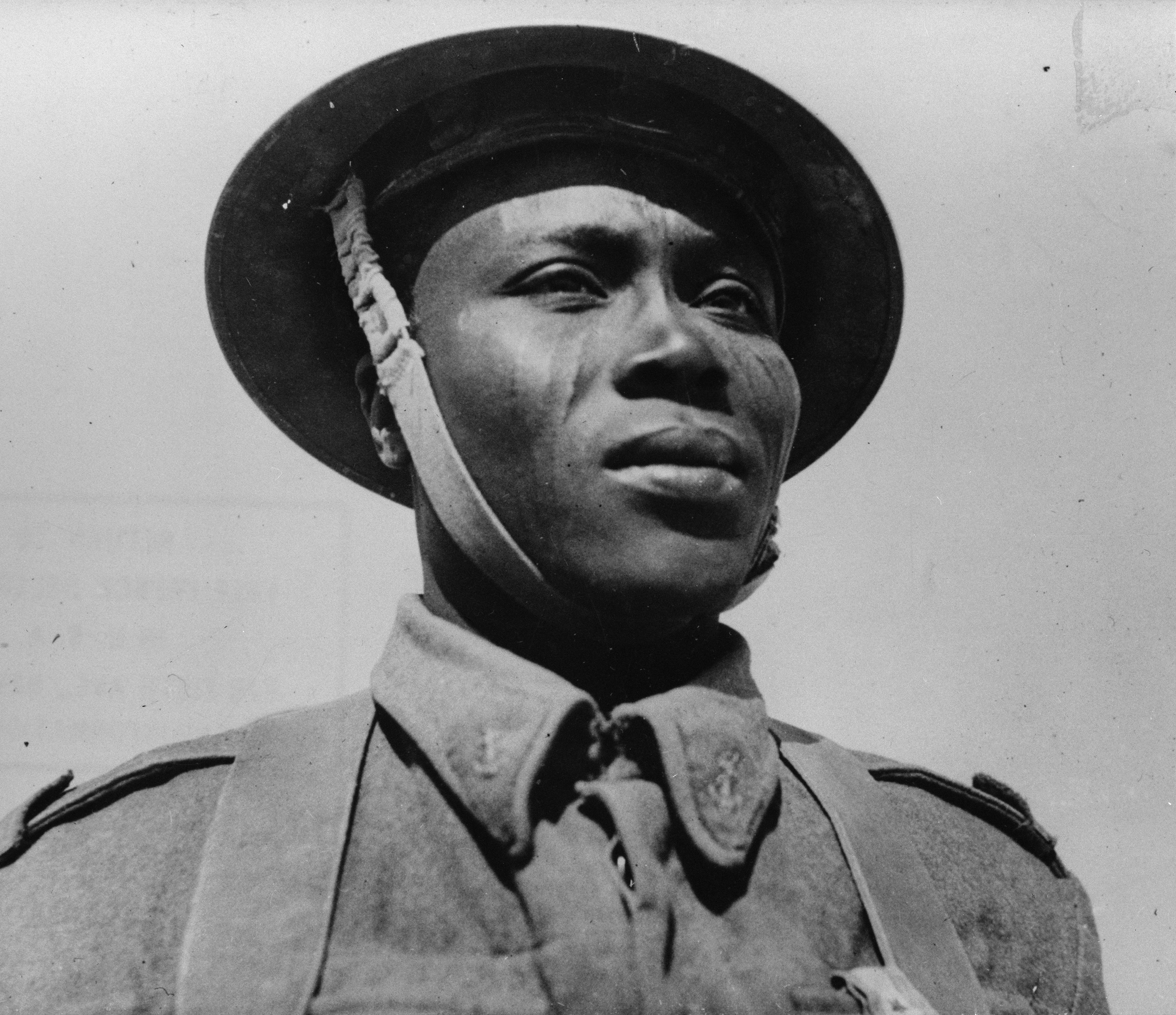 Description chadian soldier of wwii