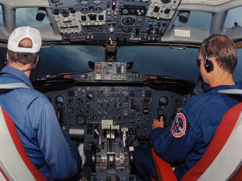 nasa female pilot - photo #22