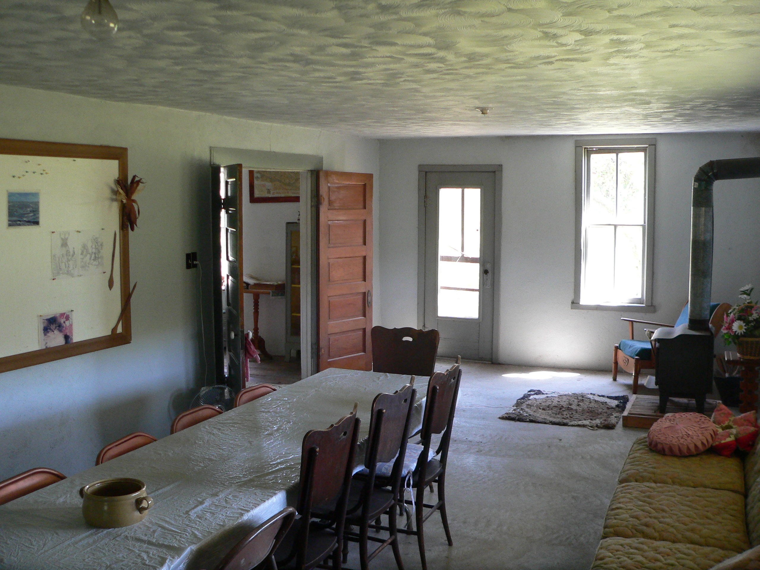 file dowse sod house interior w room face se jpg