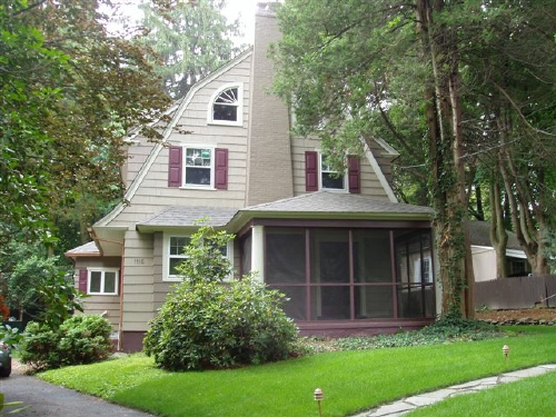 File dutch colonial revival house in plainfield new for New colonial homes