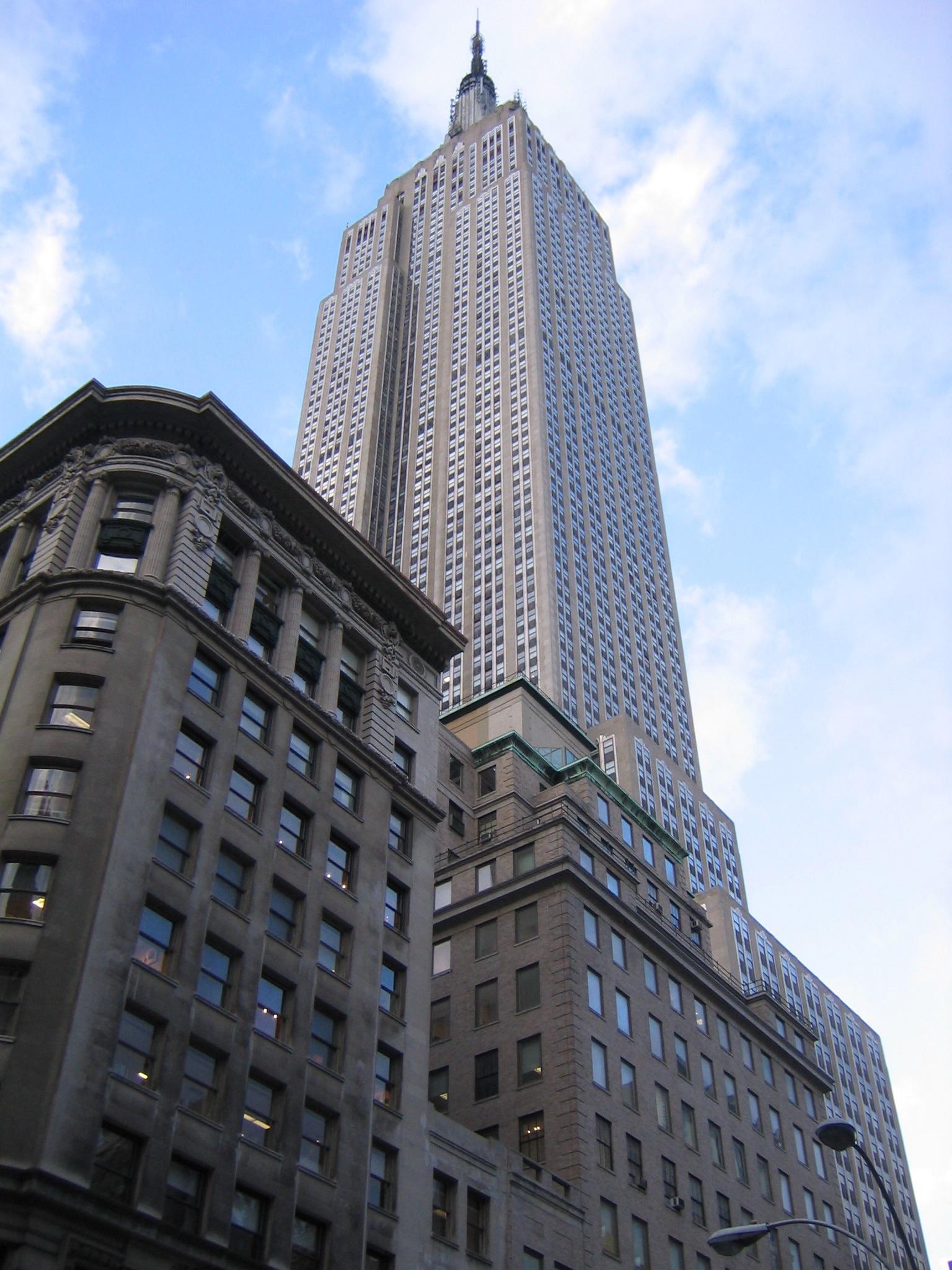 File Empire State Building New York City Dec 01 Wikipedia