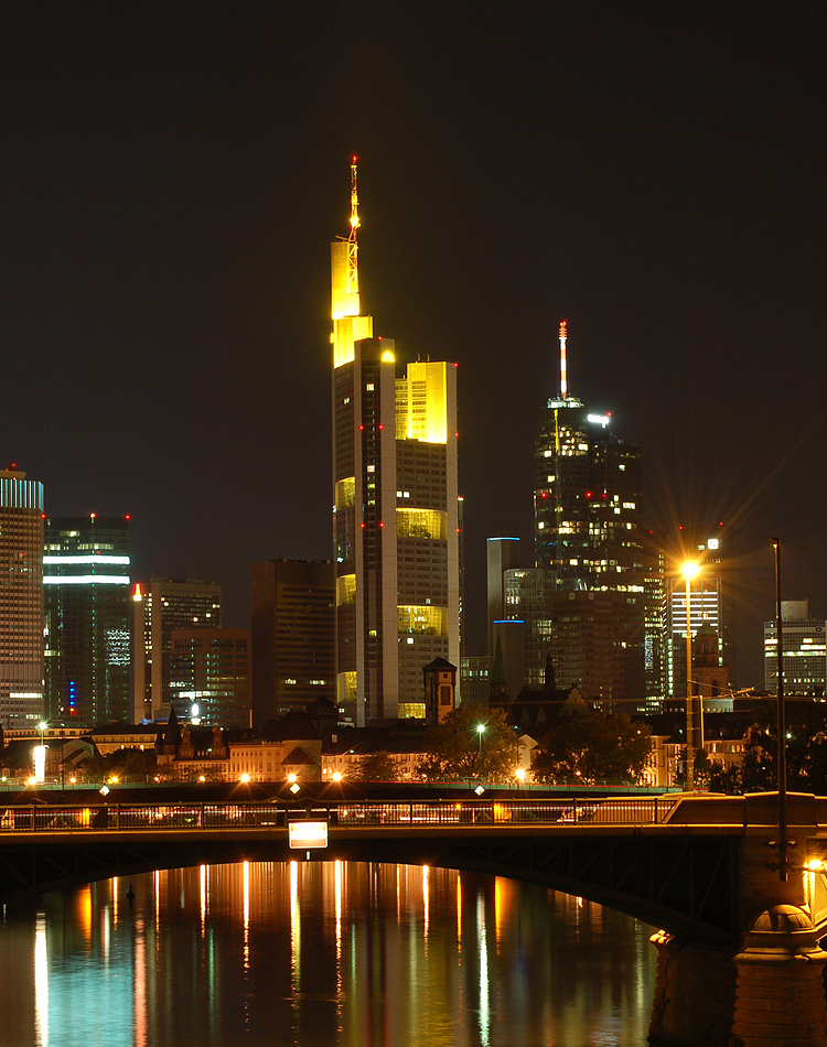frankfurt am main at night europe. Black Bedroom Furniture Sets. Home Design Ideas