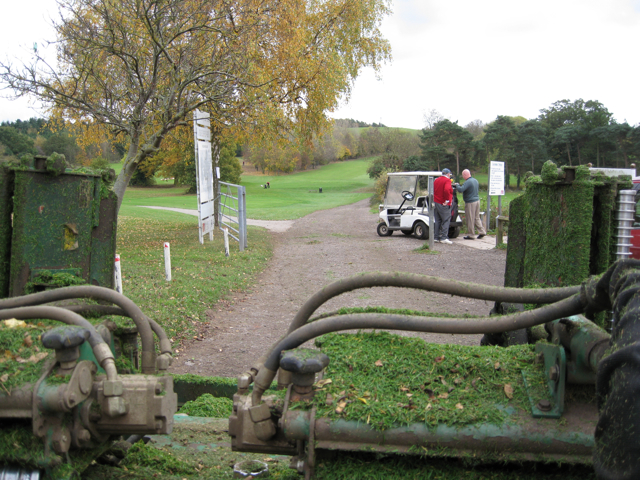 Gangs and a buggy, Newbold Comyn Golf Course - geograph.org.uk - 1560170