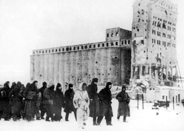 File:German pows stalingrad 1943.jpg