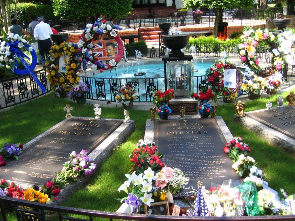 FileGraceland Cemetery Memphis TN 1