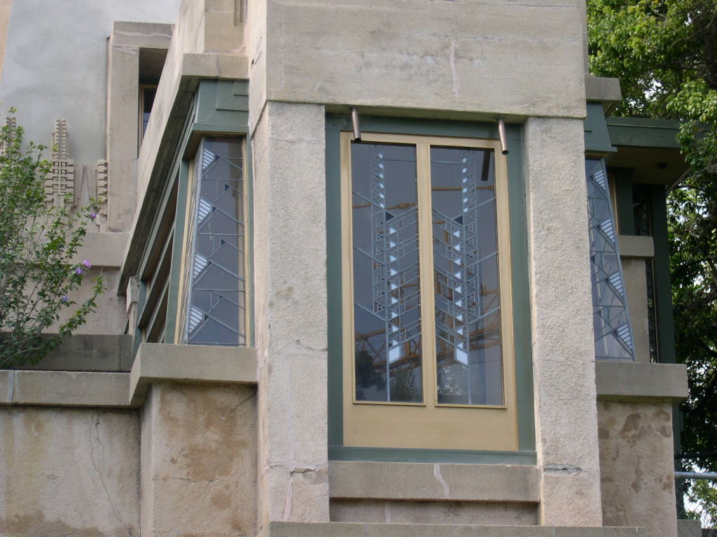 File hollyhock house corner window jpg wikimedia commons for House windows
