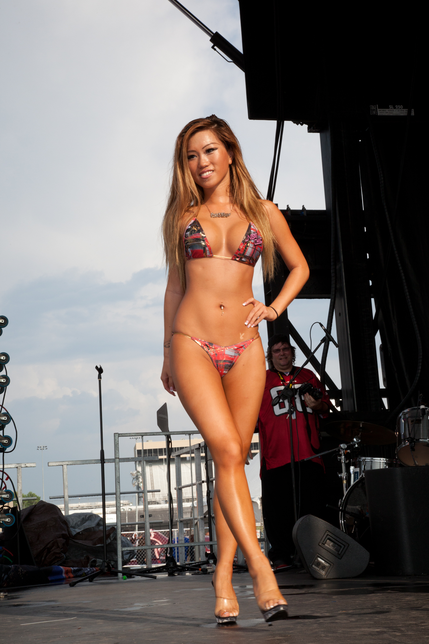 Bikini Contest Hot 119