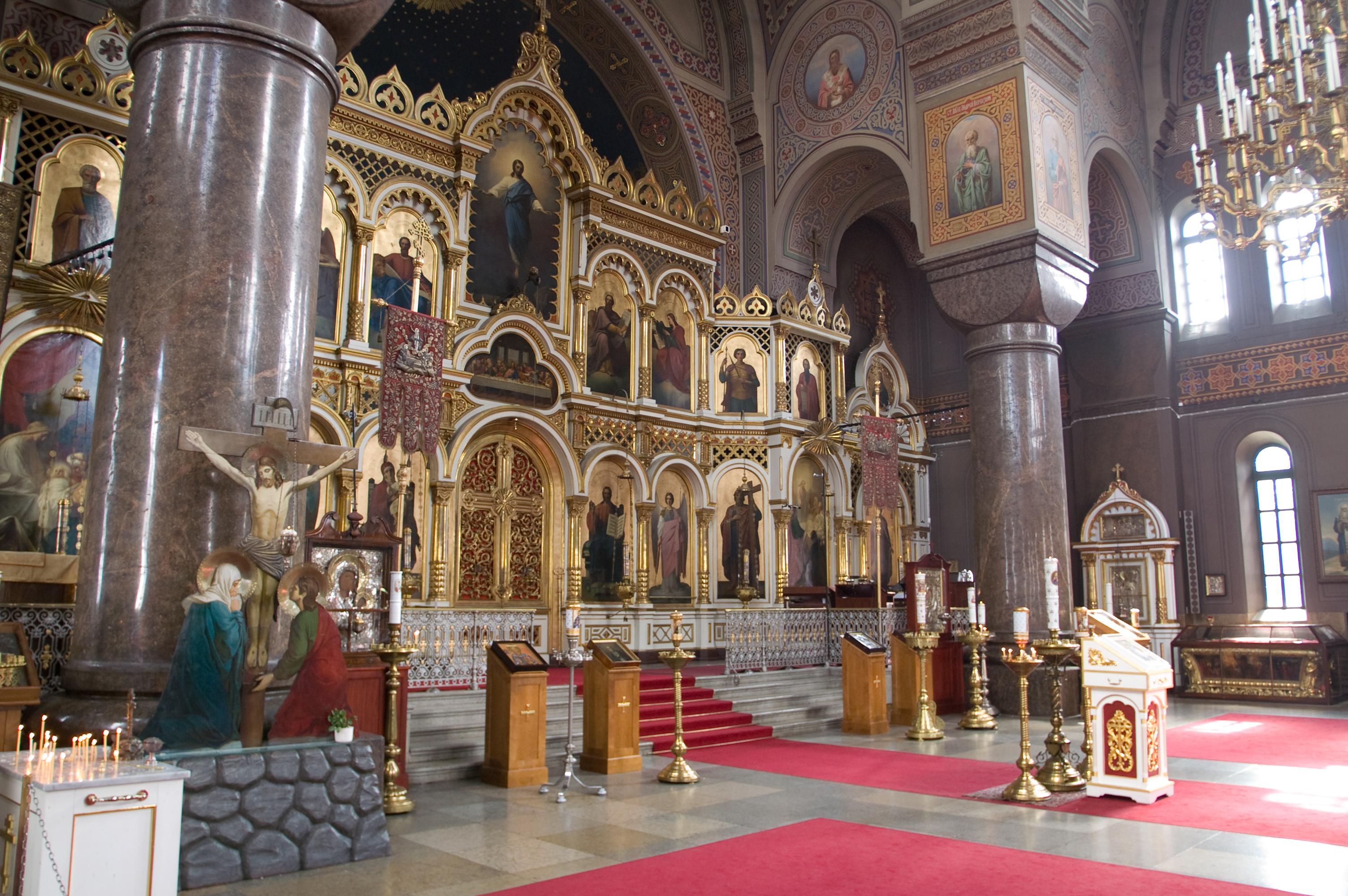 File embraer lineage 1000 interior forward cabin jpg wikimedia - File Interior Of Uspenski Cathedral Jpg Wikimedia Commons