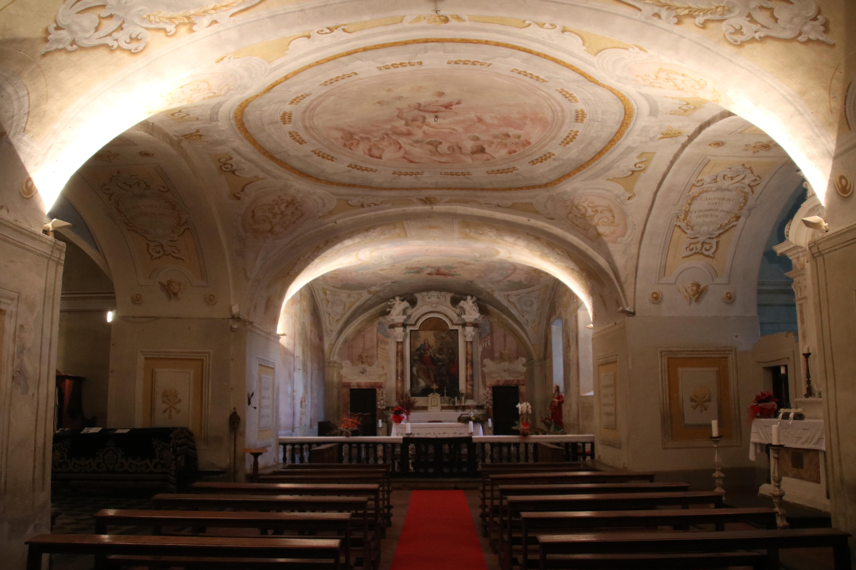 Interno della Cripta del Duomo - Oratorio della Misericordia, Colle di Val d'Elsa.jpg