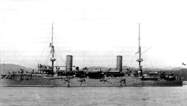 Italian-armored-cruiser-Carlo-Alberto.jp