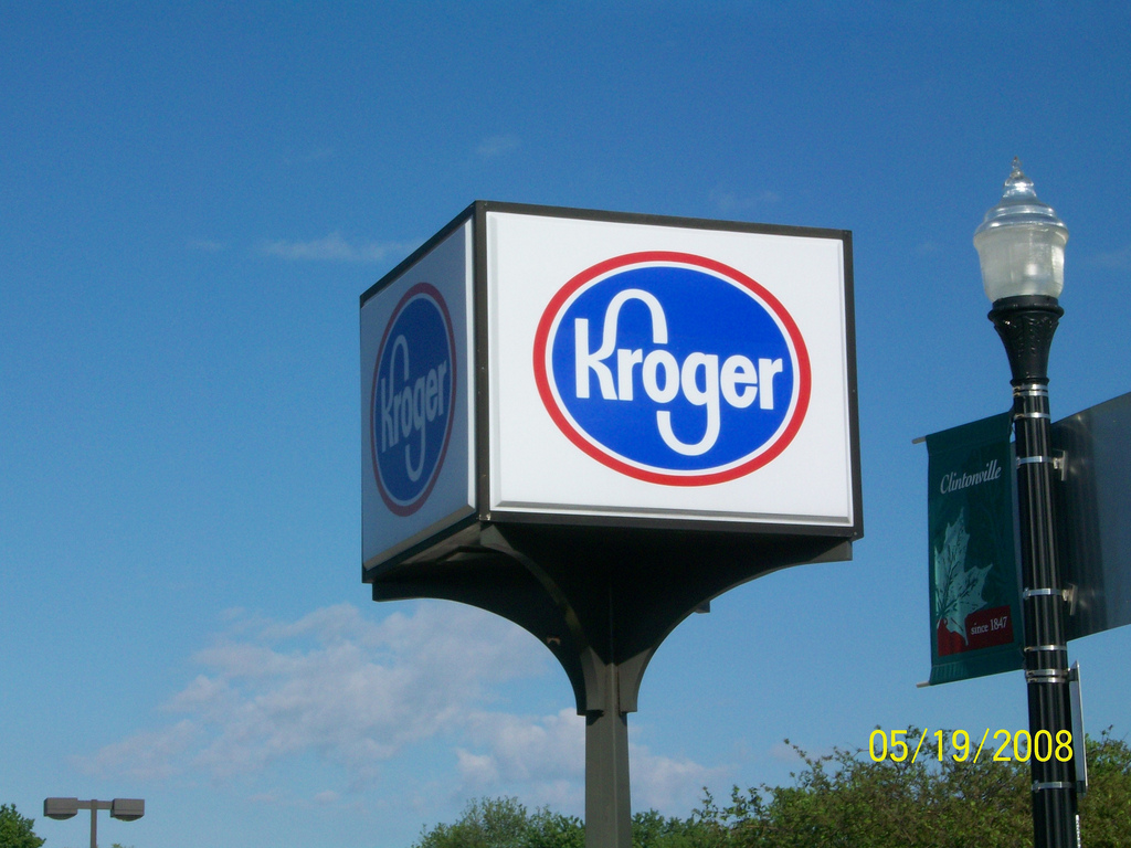 Kroger Clintonville Christmas Hours 2020 File:Kroger sign, Clintonville, Columbus, OH.   Wikimedia Commons