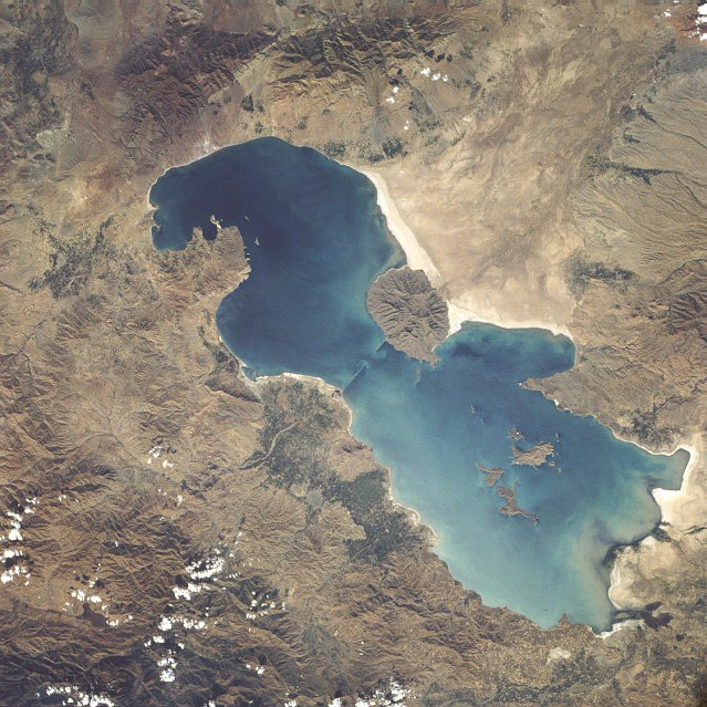 Lake Urmia from space in 1984