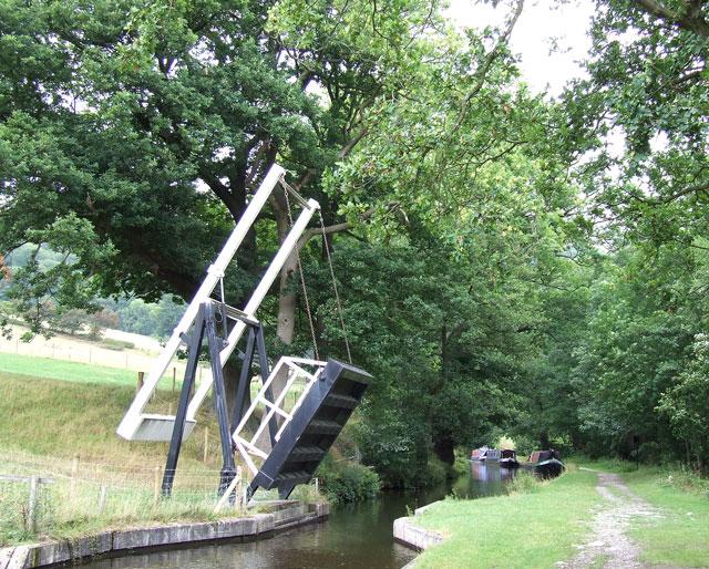 Llanddyn Lift Bridge, Shropshire Union Canal - geograph.org.uk - 368956