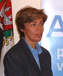 Louise Beaudoin Canadian politician