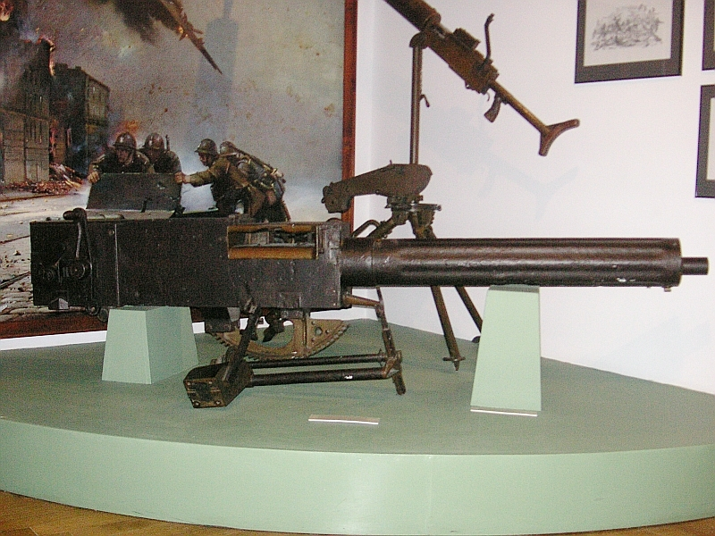 photo of Vickers Medium Machine Gun from Vickers medium machine gun Wikipedia