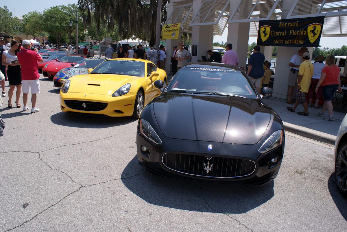 File Maserati Granturismo 2011 S Coupe Ferrari California 2011 Abovelfronts Cecf 9april2011 14598908914 Jpg Wikimedia Commons